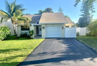 7342 NW 38th Pl Coral Springs FL 33065