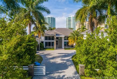 224 S Island Is Golden Beach FL 33160
