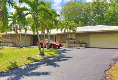 1430-1432 NW 93rd Ter Coral Springs FL 33071