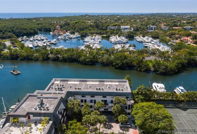 6901 Edgewater Dr Coral Gables FL 33133