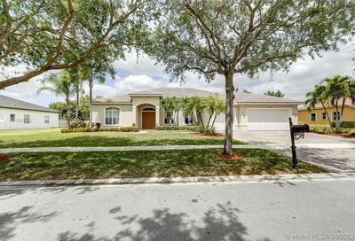 11339 Temple St Cooper City FL 33330
