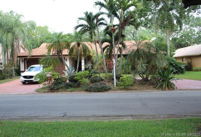 8907 NW 55th Pl Coral Springs FL 33067