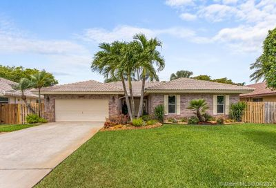 4310 NW 70th Ln Coral Springs FL 33065