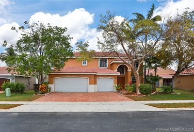 19867 SW 7th Pl Pembroke Pines FL 33029