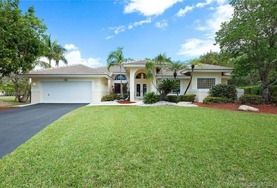 4905 NW 105th Dr Coral Springs FL 33076