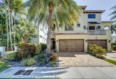 170 Isle Of Venice Dr Fort Lauderdale FL 33301