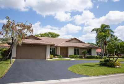 225 NW 118th Ter Coral Springs FL 33071