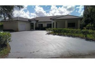 8798 NW 35th St Coral Springs FL 33065