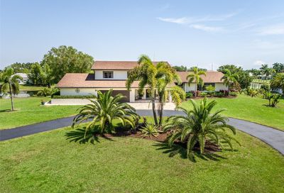 5310 W Saxon Cir Southwest Ranches FL 33331