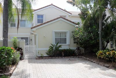1775 Weeping Willow Way Hollywood FL 33019