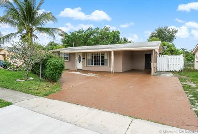 3549 NW 37th Ave Lauderdale Lakes FL 33309