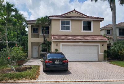 5606 NW 122nd Ter Coral Springs FL 33076