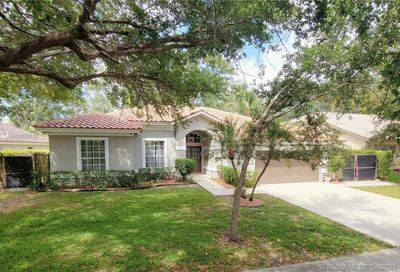 5643 NW 39th Ave Coconut Creek FL 33073