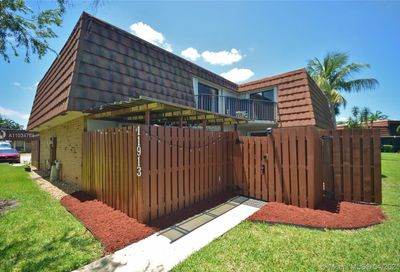 11913 SW 13th Ct Davie FL 33325