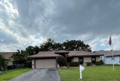 2336 NW 97th Ln Coral Springs FL 33065