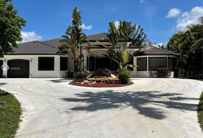 12831 Mustang Trl Southwest Ranches FL 33330