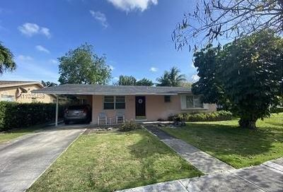 6374 SW 42nd Ter South Miami FL 33155