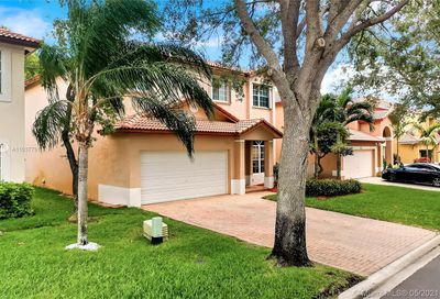 6115 NW 41st Dr Coral Springs FL 33067