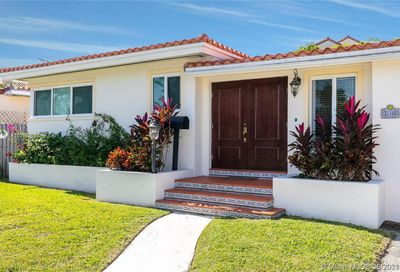 3508 Crystal View Ct Coconut Grove Fl 33133