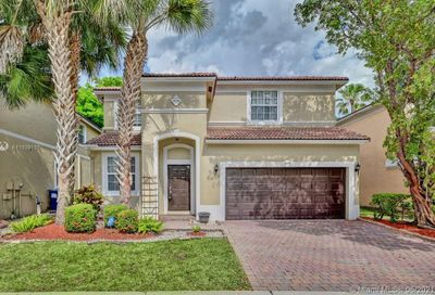 809 NW 126th Avenue Coral Springs FL 33071