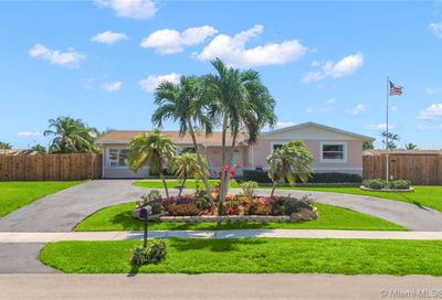 27665 SW 163rd Ave Homestead FL 33031