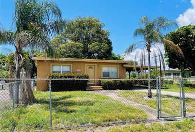 2340 NW 28th St Oakland Park FL 33311
