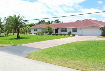 4911 SW 205th Ave Southwest Ranches FL 33332