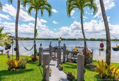 444 NW 120th Dr Coral Springs FL 33071