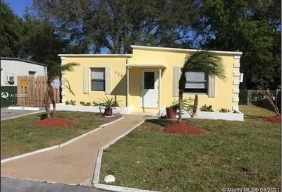726 NW 15th Ter Fort Lauderdale FL 33311