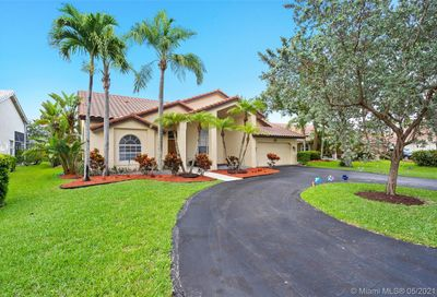 4933 NW 103rd Ave Coral Springs FL 33076