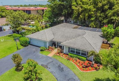 2351 NW 105th Ter Coral Springs FL 33065
