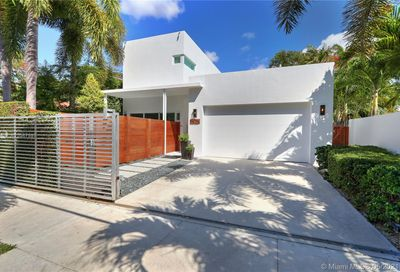2523 Tigertail Ave Coconut Grove FL 33133