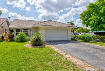 3055 NW 94th Avenue Coral Springs FL 33065