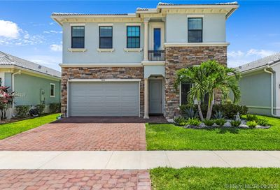 3834 NW 89th Way Coral Springs FL 33065
