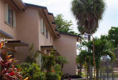 110 SW 108th Ave Sweetwater FL 33174