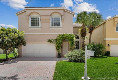 11337 NW 49th Dr Coral Springs FL 33076