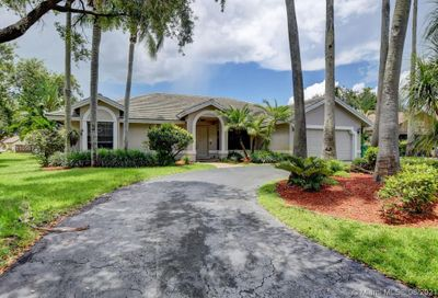 8335 NW 52nd Place Coral Springs FL 33067