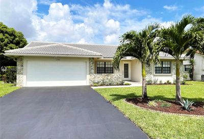 1280 NW 113th Ter Coral Springs FL 33071