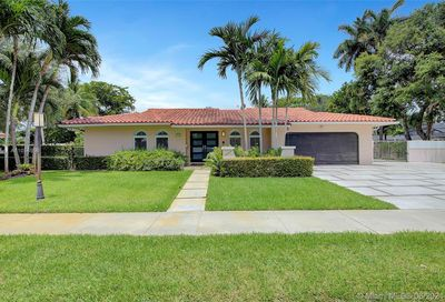 8660 SW 64th Ave Pinecrest FL 33156
