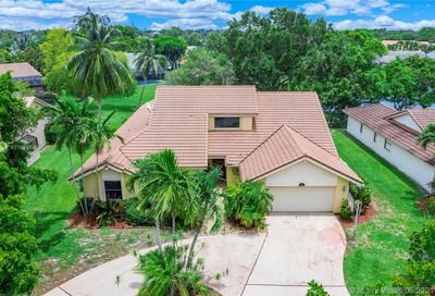 471 NW 113th Ave Coral Springs FL 33071
