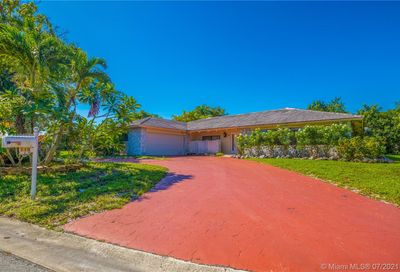 115 NW 100th Ter Coral Springs FL 33071