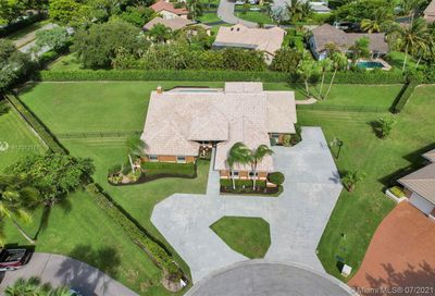 8251 NW 49th Ct Coral Springs FL 33067