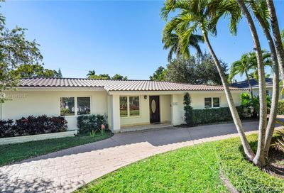 1528 Robbia Ave Coral Gables FL 33146