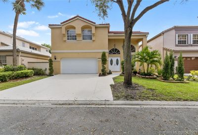 5343 NW 106th Dr Coral Springs FL 33076