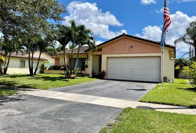 9870 NW 25th Ct Coral Springs FL 33065