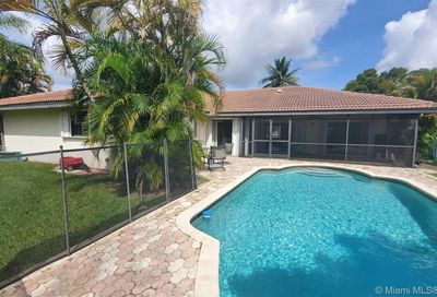 1744 NW 111th Way Coral Springs FL 33071