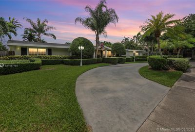 13575 SW 74th Ave Pinecrest FL 33156