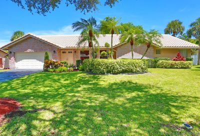1331 NW 97th Ter Coral Springs FL 33071