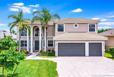 12010 NW 49th Dr Coral Springs FL 33076
