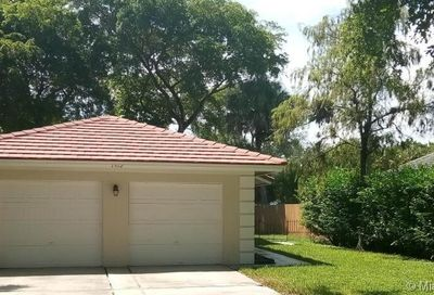 1512 NW 93rd Ter Coral Springs FL 33071